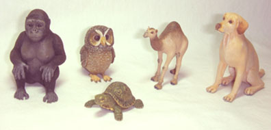 Animals carved from wood in several scales by new Fellow member Linda Master.