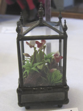 1/12 scale terrarium by Artisan member Lady Jane a.k.a. Linda Young, donated by Linda to the School auction.