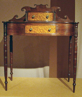 New England dressing table, class project of Pete and Pam Boorum.