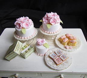 Petite and Pretty Cakes and Cookies with Betsey Niederer.