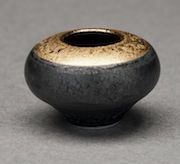 Black and gold porcelain vase in 1/12 scale by Troy Schmidt of Red Dragon Pottery.
