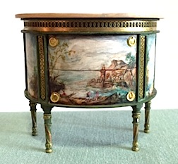 A lovely painted commode by Janet Reyburn in 1/12 scale. Find it on the Gallery table at the Guild Show this August.